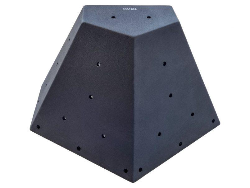 Wood pyramid L2_8